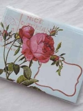 Rose: Umschlag mit Karte