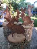Rost-Osterhäsli auf Holz